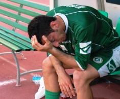 * Nella foto(lucky): le lacrime di Di Cecco al termine della partita di Bari*