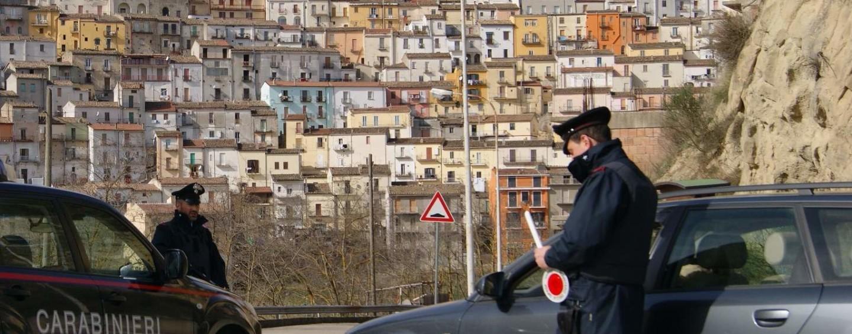 Calitri – Due giovani pronti a rubare, allontanati dai Carabinieri