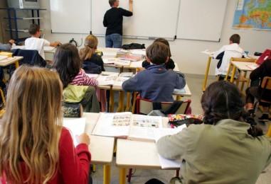 Schiaffi e minacce a bimbi, maestra arrestata ad Avellino per maltrattamenti in asilo