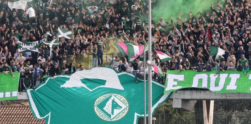 """Avellino Calcio – La Curva Sud contrattacca: """"A Catania abusi di potere"""""""