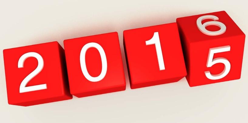 """""""Addio 2015, non ci mancherai"""". Gli avellinesi si scatenano su facebook"""