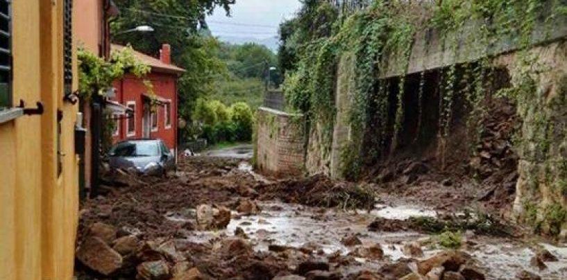 FOTO/ Maltempo, caos e allagamenti ad Avellino. Celzi di Forino di nuovo sott'acqua