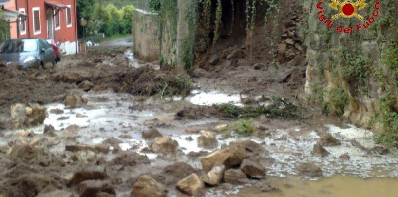 FOTO/ Irpinia sferzata dal maltempo, la situazione e la conta dei danni ad Avellino