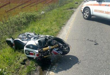 Incidente stradale tra Contrada e Forino, ferito 40enne