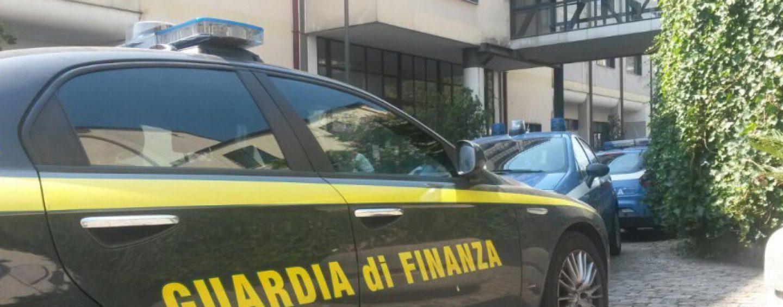 GDF Salerno, misura cautelare personale interdittiva per funzionario dei Monopoli