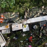 IL CASO/ False revisioni: 6 mila bus, come quello della strage A16, sulle strade italiane (VIDEO)
