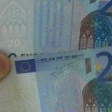 Scoperto con banconote false per migliaia di euro, arrestato