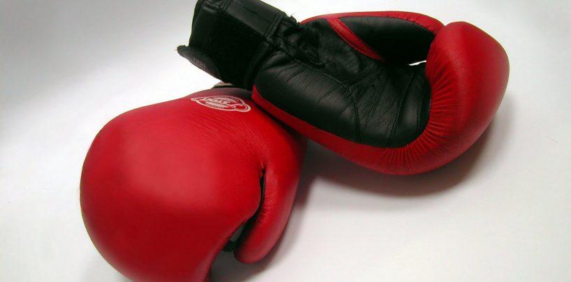 Esibizione di boxe a Pratola Serra: c'è Tommasone