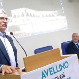 """VIDEO/ No al Referendum, D'Alema ad Avellino: """"Mi batterò per cambiare linea politica nel Pd"""""""