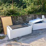 Guasto al numero verde, Irpiniambiente sospende il servizio per i rifiuti ingombranti