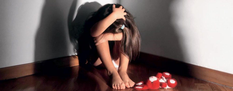 Nuovi abusi su bimba di 4 anni, ancora indagini al Parco Verde