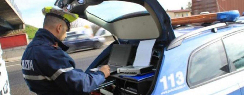 La scure della Polizia sull'Irpinia: 39enne sorpreso ubriaco al volante