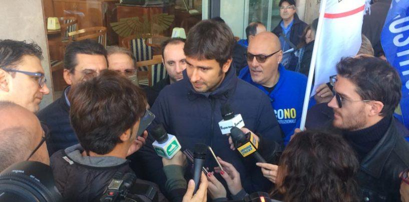"""Di Maio e Di Battista: """"Si vada subito a nuove elezioni"""""""
