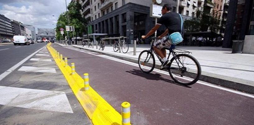 Smart mobility, il ministro Delrio destina 12 milioni alle Regioni per ciclovie e percorsi pedonali