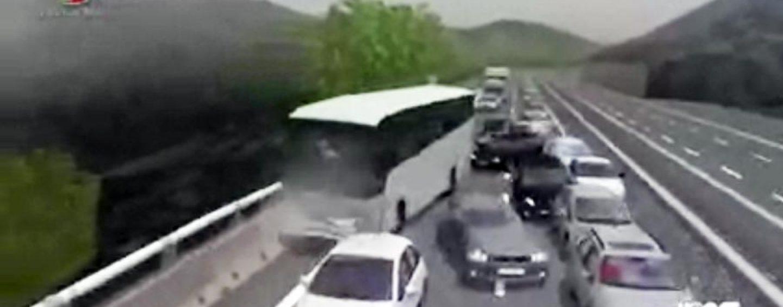 Strage bus A16, il legale di Lametta demolisce la deposizione di Mainiero