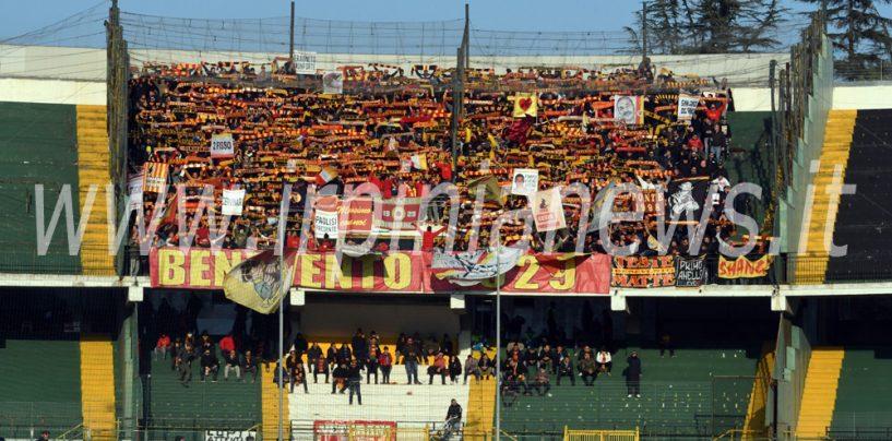 Denunce e Daspo a carico di tredici tifosi del Benevento