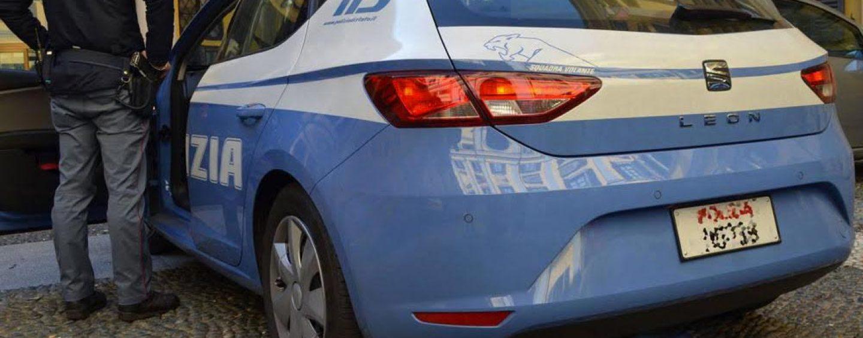 Ricercata per furto, 32enne arrestata in un'area di servizio dell'A16