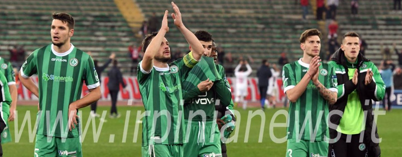 Bari-Avellino 2-1, la fotogallery di Irpinianews