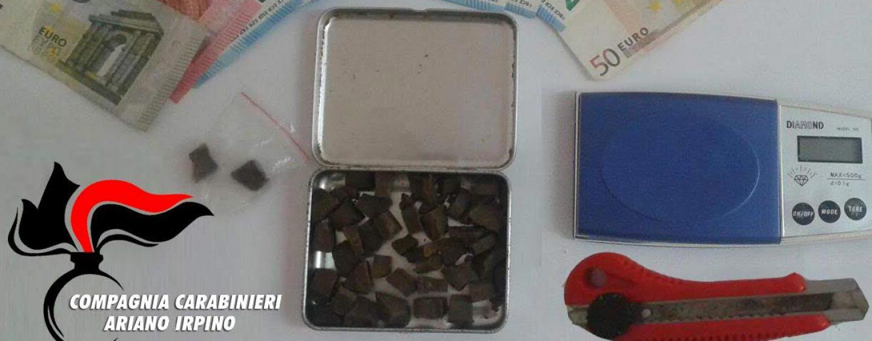Spacciavano droga nel mercato di Grottaminarda, arrestati due giovani