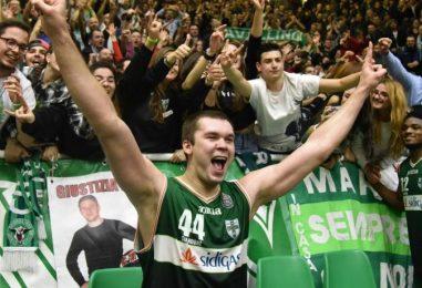 """Il gigante e il folletto: Fesenko e Green domani ospiti a """"Dribbling"""" su RaiDue"""