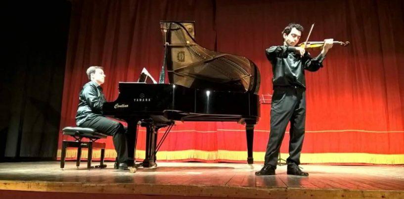 """""""Natale in Abbazia"""" con gli InCantesimi di Natale dell'Associazione Stravinsky"""