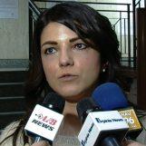 """VIDEO/ La morte del clochard Angelo a Palazzo di Città, Arace: """"Mele dimettiti"""""""