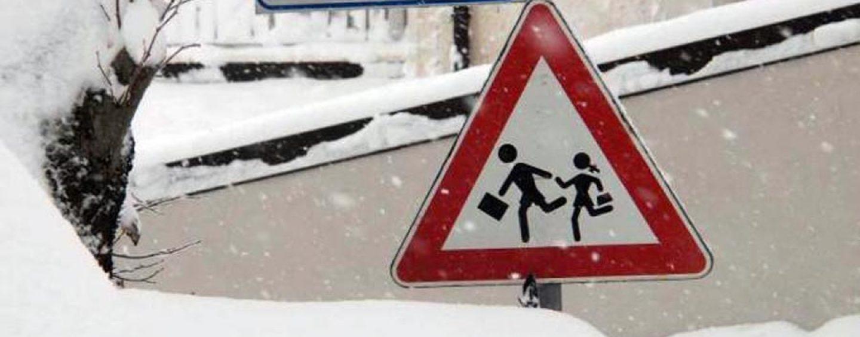 Neve in Irpinia: nuove precipitazioni, anche domani scuole chiuse
