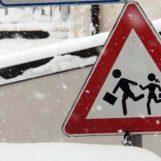Neve e gelo: Burian chiude le scuole in Irpinia