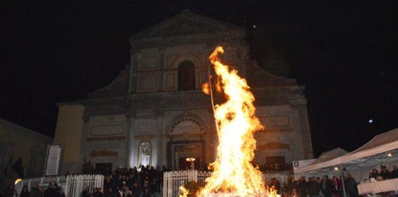 VII edizione di Terrafuoco, il centro storico di Avellino si anima in attesa del Focarone di San Ciro