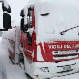 VIDEO/ Sei persone vive all'Hotel Rigopiano: i Vdf di Avellino continuano a scavare