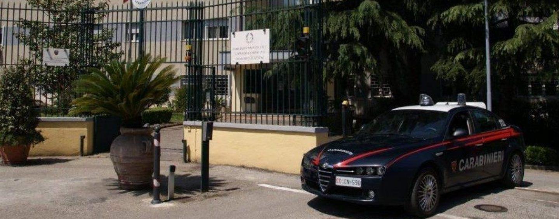 Risentito per il licenziamento tenta di graffiare l'auto dell'ex capo, nei guai 46enne