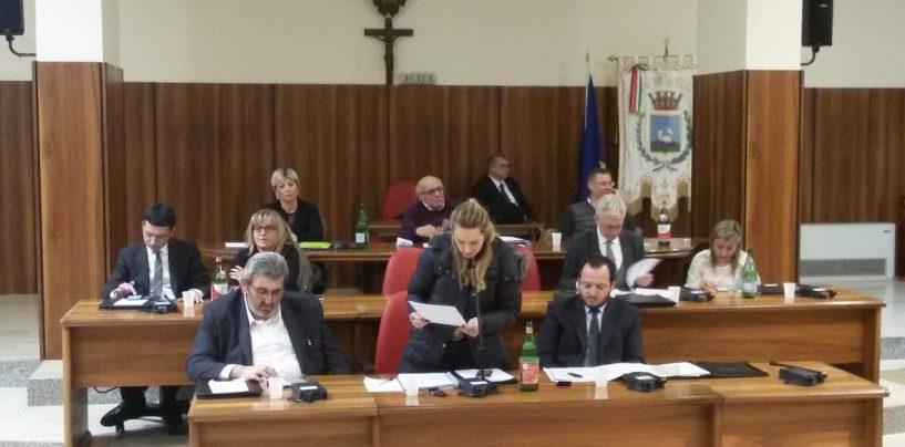 Consiglio, botta e risposta Giordano-Penna sullo Stir: è polemica