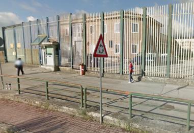 Usa il figlio neonato per passare droga al marito carcerato a Bellizzi