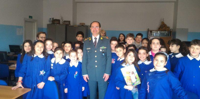 Benevento, a scuola con la Guardia di Finanza