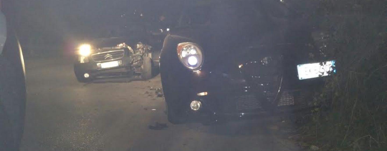 Tragedia sfiorata ad Avellino: conducente fa strike di auto in sosta