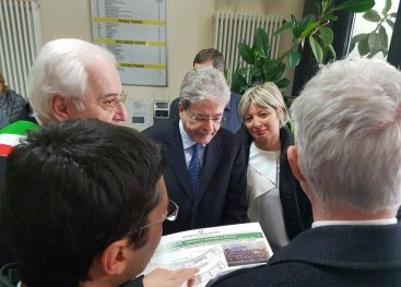 FOTOGALLERY/ Tappa ad Avellino per il premier Paolo Gentiloni