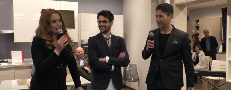 Daniela Fazzolari, l'Anita Ferri di Centovetrine, ospite da Dotolo Mobili