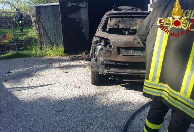 A fuoco deposito ad Andretta, non si esclude il dolo