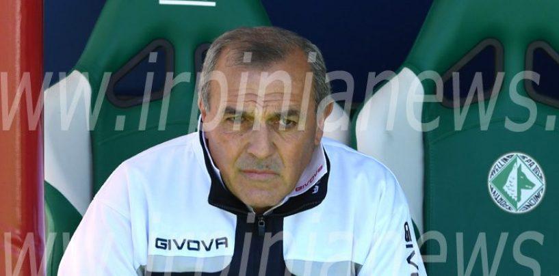 """Castori accende la sfida: """"Avellino poco ospitale per gli avversari"""""""