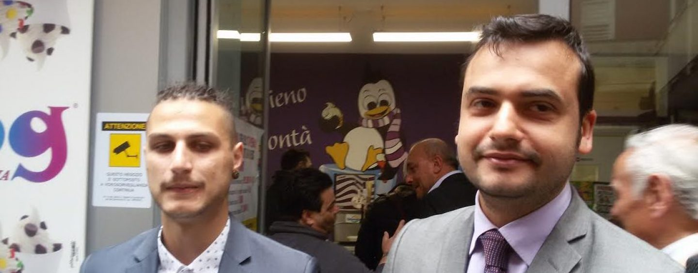 """Apre una yogurteria grazie agli stipendi restituiti dai 5stelle, Sibilia: """"Se lo facessero tutti i politici…"""""""