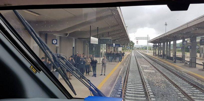 Esplosione lungo la linea ferroviaria: un ferito grave