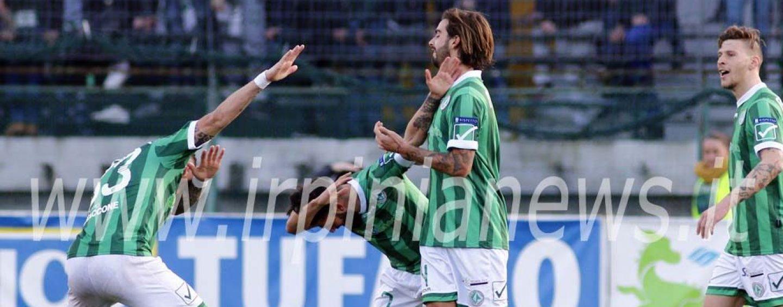 Avellino Calcio – Il derby si avvicina con novità in difesa e in attacco