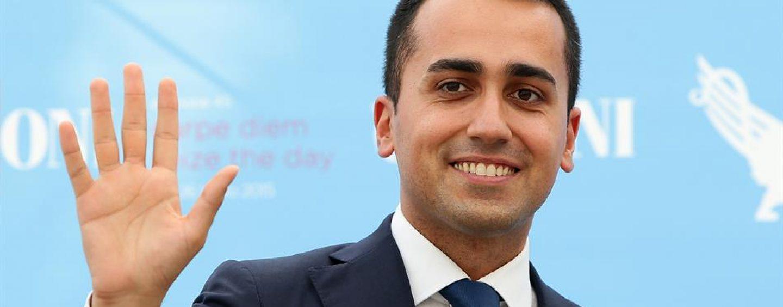 Il candidato premier Luigi Di Maio ad Avellino