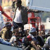 """Business migranti, lucravano sull'accoglienza. Arrestato il """"Re dei rifugiati"""" e un irpino"""
