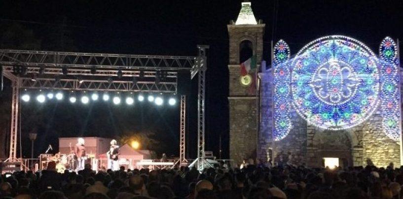 A Vallata tre giorni di celebrazioni in onore di San Vito. Serata con gli Arteteca di Made in Sud
