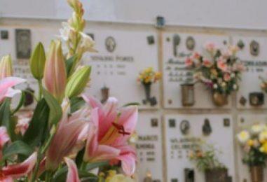 Furto al cimitero di Montoro: rubati 200 portafiori in rame