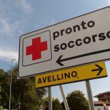 """Muore d'infarto a 18 anni: comunità di Chiusano e studenti del """"Mancini"""" sotto shock"""