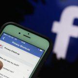 """""""Torna con me o pubblico le tue foto intime su Fb"""": l'incubo di una donna di Ariano"""