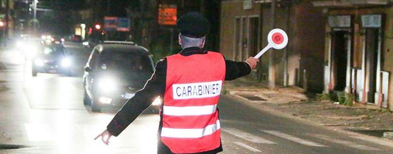 Non si ferma al posto di blocco, ferito un carabiniere