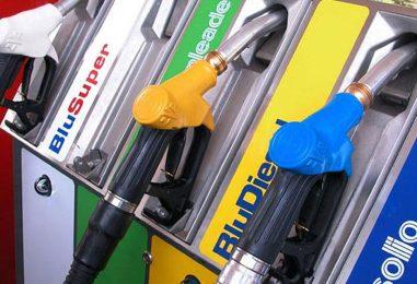 Benzina e diesel, brutte nuove per gli automobilisti: prezzi in rialzo